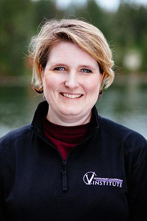 Dr. Lauren Olavessen
